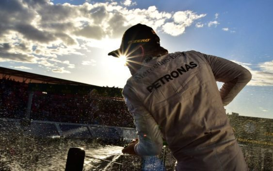 F1 impressive tweets 2016 [1] Pre-season – April