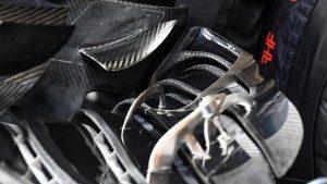 McLaren MP4-31 front wing detail at Formula One World Championship, Rd2, Bahrain Grand Prix Practice, Bahrain International Circuit, Sakhir, Bahrain, Friday 1 April 2016. © Sutton Motorsport Images