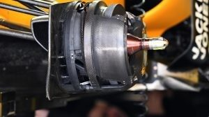 Renault Sport F1 Team RS16 front wheel hub at Formula One World Championship, Rd4, Russian Grand Prix, Preparations, Sochi Autodrom, Sochi, Krasnodar Krai, Russia, Thursday 28 April 2016. © Sutton Motorsport Images