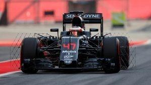 Stoffel Vandoorne (BEL) McLaren MP4-31 at Formula One Testing, Day Two, Barcelona, Spain, 18 May 2016. © Sutton Images