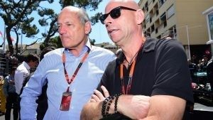 Ron Dennis (GBR) McLaren Executive Chairman and Guy Liberte (CDN) Cirque de Soleil on the grid at Formula One World Championship, Rd6, Monaco Grand Prix Race, Monte-Carlo, Monaco, Sunday 24 May 2015. © Sutton Motorsport Images