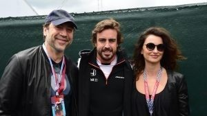 Fernando Alonso (ESP) McLaren with Penelope Cruz (ESP) Actress and Javier Bardem (ESP) Actor at Formula One World Championship, Rd7, Canadian Grand Prix, Race, Montreal, Canada, Sunday 12 June 2016. © Sutton Images