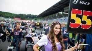 Grid Girl at Formula One World Championship, Rd9, Austrian Grand Prix, Preparations, Spielberg, Austria, 2016. © @redbullracing
