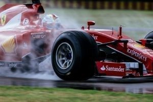 Wet pic-2 / FIRST TEST WITH SCUDERIA FERRARI: SEBASTIAN VETTEL TESTS AT FIORANO THE WIDER WET TYRES FOR NEXT SEASON © 2016 Pirelli & C. S.p.A