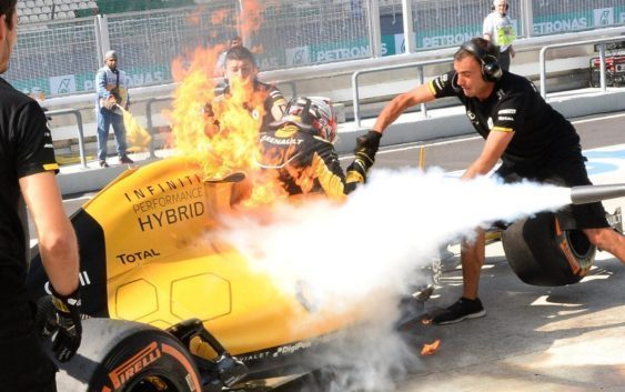 The major fire erupted on Kevin Magnussen's car