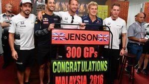 Jenson Button (GBR) McLaren celebrates his 300th Grand Prix with Fernando Alonso (ESP) McLaren, Daniel Ricciardo (AUS) Red Bull Racing, Marcus Ericsson (SWE) Sauber and Stoffel Vandoorne (BEL) McLaren at Formula One World Championship, Rd16, Malaysian Grand Prix, Practice, Sepang, Malaysia, Friday 30 September 2016. © Sutton Images