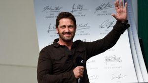 Gerard Butler (GBR) Actor on the podium on the podium at Formula One World Championship, Rd18, United States Grand Prix, Race, Circuit of the Americas, Austin, Texas, USA, Sunday 23 October 2016. © Sutton Images