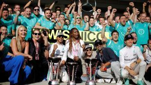 Lindsey Vonn (USA) Alpine Ski Racer, Noomi Rapace (SWE) Actress, Venus Williams (USA) Tennis PLayer, Race winner Lewis Hamilton (GBR) Mercedes AMG F1, Venus Williams (USA) Tennis Player, Nico Rosberg (GER) Mercedes AMG F1 and the Mercedes AMG F1 team celebrate with the trophies at Formula One World Championship, Rd18, United States Grand Prix, Race, Circuit of the Americas, Austin, Texas, USA, Sunday 23 October 2016. © Sutton Images
