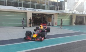 pic-12 / SEVENTH TEST WITH RED BULL RACING: Pierre Gasly tests at Yas Marina Circuit, Yas Island, Abu Dhabi, United Arab Emirates, THE WIDER TYRES FOR 2017 SEASON