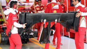 Ferrari mechanics with Ferrari SF16-H front wing at Formula One World Championship, Rd19, Mexican Grand Prix, Practice, Circuit Hermanos Rodriguez, Mexico City, Mexico, Friday 28 October 2016. © Sutton Images