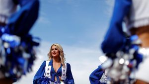 Grid girl at Formula One World Championship, Rd18, United States Grand Prix, Race, Circuit of the Americas, Austin, Texas, USA, Sunday 23 October 2016. © Sutton Images
