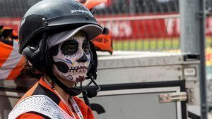 Marshal with Day Of The Dead face paint at Formula One World Championship, Rd19, Mexican Grand Prix, Race, Circuit Hermanos Rodriguez, Mexico City, Mexico, Sunday 30 October 2016. © Sutton Images