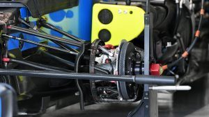 Manor Racing MRT05 front brake and wheel hub detail at Formula One World Championship, Rd17, Japanese Grand Prix, Preparations, Suzuka, Japan, Thursday 6 October 2016. © Sutton Images