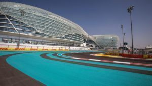 Track view at Formula One World Championship, Rd21, Abu Dhabi Grand Prix, Preparations, Yas Marina Circuit, Abu Dhabi, UAE, Thursday 24 November 2016. © Sutton Images