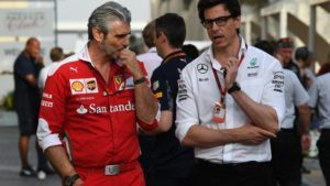 Maurizio Arrivabene (ITA) Ferrari Team Principal and Toto Wolff (AUT) Mercedes AMG F1 Director of Motorsport at Formula One World Championship, Rd21, Abu Dhabi Grand Prix, Practice, Yas Marina Circuit, Abu Dhabi, UAE, Friday 25 November 2016. © Sutton Images