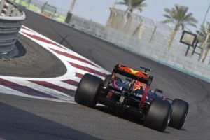 Daniel Ricciardo, Red Bull, during Pirelli 2017 tyre testing in Abu Dhabi © Foto Studio Colombo